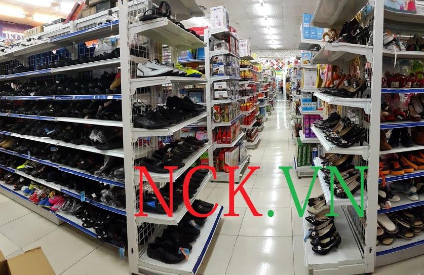 xu hướng lựa chọn giá kệ siêu thị